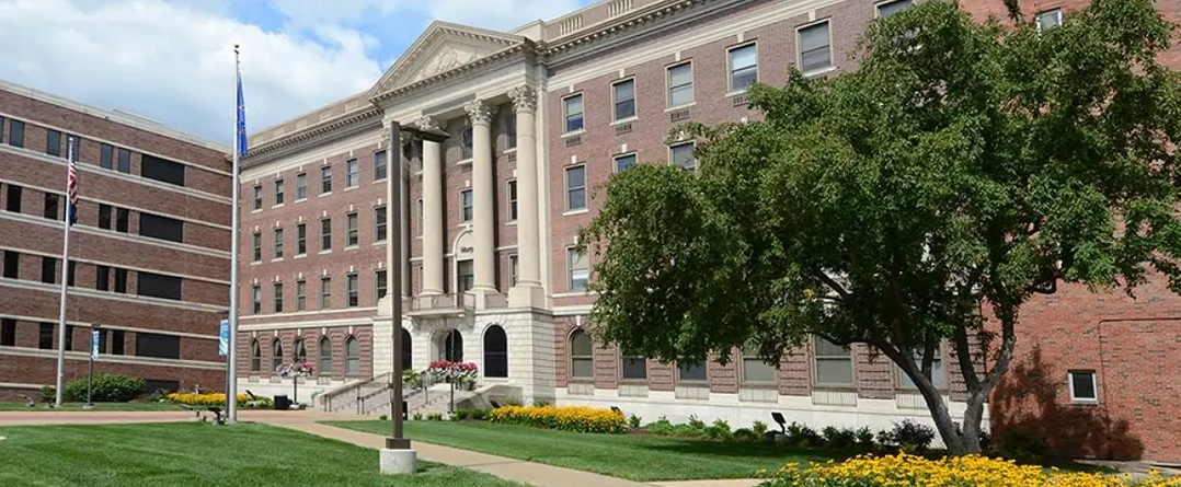 Kansas – Adults With At Least A Bachelor's Degree 35%